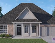 2025 Dovefield Ave, Zachary image