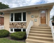 7518 W Touhy Avenue, Chicago image
