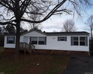 140 Sweetwater  Drive, Statesville image
