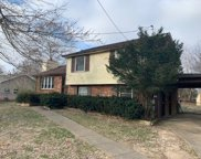 324 Woodale Dr, Clarksville image
