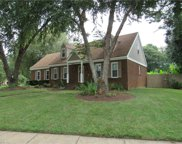 423 Gloria Drive, South Chesapeake image