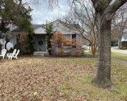 7202 La Vista Drive, Dallas image