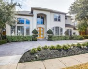 5320 Tennington Park, Dallas image