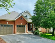 133 E Carnwith Dr, Whitby image
