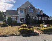 31 Willowbend Ln, Holtsville image