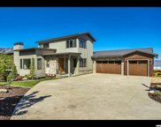 806 S Summit Creek Dr, Woodland Hills image