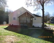 200 S Lakeview Drive, Duncan image