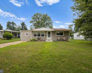 542 Oxford Dr  Drive, Maple Shade image