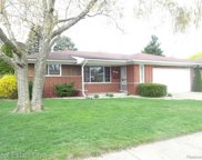 28617 Grobbel Ave, Warren image