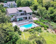 94 Founders  Path, Baiting Hollow image
