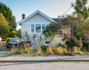 1739 Kings  Rd, Victoria image