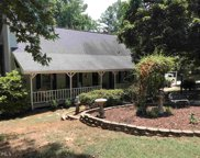 6370 Lakeview Ter, Douglasville image