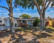 4019 Cluster Drive, Holiday image