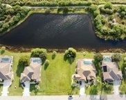 12755 Sw Pembroke Circle N, Lake Suzy image