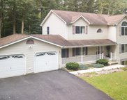 3223 Pine Mountain Court, Saylorsburg image