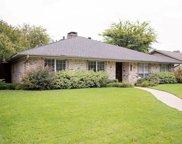 9242 Loma Vista Drive, Dallas image
