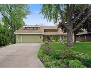 4040 Lakehill Circle, White Bear Lake image