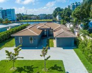 9528 Bay Dr, Surfside image