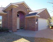 906 Dove Run, College Station image