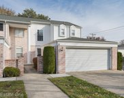 21 CANTERBURY TRAIL, Rochester Hills image