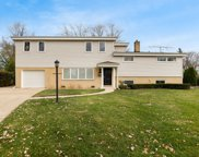 1113 Pfingsten Road, Glenview image