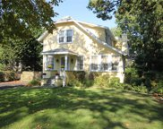 94 Bayway Ave, Brightwaters image