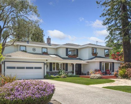 22526 Redcliff Ct, Mountain View