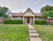 4033 Lonesome Trail, Plano image