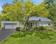 3 Colonial  Road, Scarsdale image