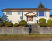 9884 Willow  St, Chemainus image