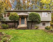 932 Chestnut Ridge  Road, Spring Valley image