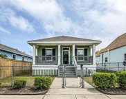 2811 Avenue L, Galveston image