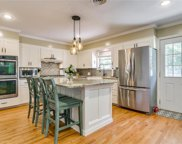 4225 Selkirk Drive W, Fort Worth image