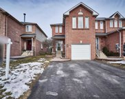 65 Pinebrook Cres, Whitby image