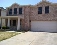 325 Dakota Ridge Drive, Fort Worth image