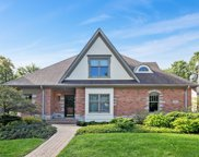 522 North County Line Road, Hinsdale image