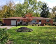 5692 E Day  Circle, Miami Twp image