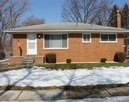 2969 Wasmund Ave, Warren image