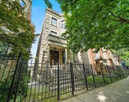 3240 West Evergreen Avenue, Chicago image