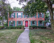 550 LAKELAND, Grosse Pointe image