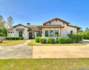 24 Winged Foot, Boerne image