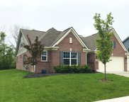 5591 W Turnbuckle Place, Mccordsville image