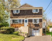 68 Sky Meadow  Place, Elmsford image