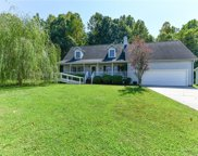 619 Williamsburg Terrace, High Point image