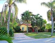 1690 Ne 168th St, North Miami Beach image