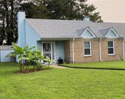 20 Holly Hill Lane, Central Portsmouth image