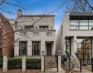 654 North Oakley Boulevard, Chicago image