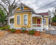532 S Sycamore Ave, New Braunfels image