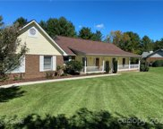 104 Mountain Valley  Drive, Hendersonville image