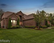 56463 Summit Dr, Shelby Twp image